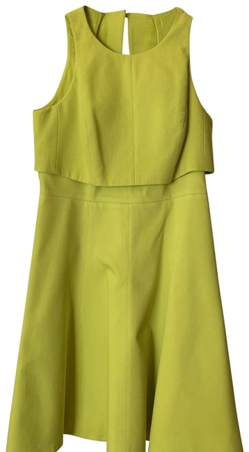 Item - Yellow Dy 152 Cotton Dress Designed with A Flattering Faux Crop and Open Back. This Full Skirted Dress Closes With Coat Size 8 (M)