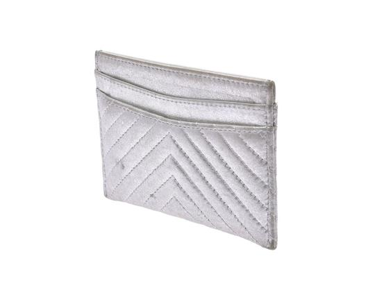 Chanel Silver Calfskin Chevron Card Case Image 1