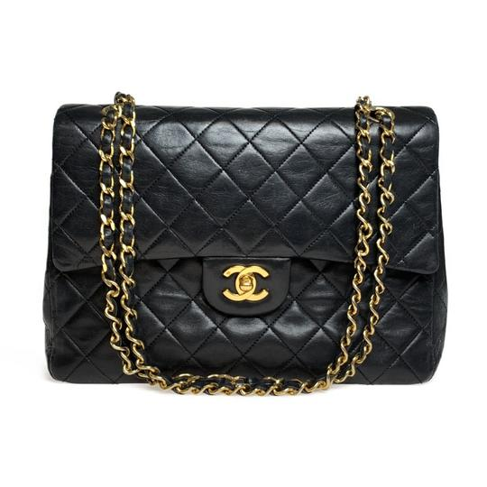Preload https://img-static.tradesy.com/item/25863943/chanel-double-flap-matelasse-black-leather-shoulder-bag-0-0-540-540.jpg