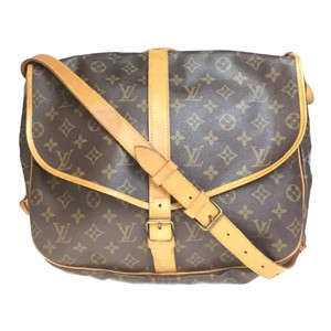 70e6ad915d Louis Vuitton on Sale - Up to 70% off LV at Tradesy
