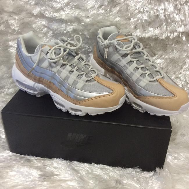 Nike White Cream and Silver A8697002 Sneakers Size US 6.5 Regular (M, B) Nike White Cream and Silver A8697002 Sneakers Size US 6.5 Regular (M, B) Image 2