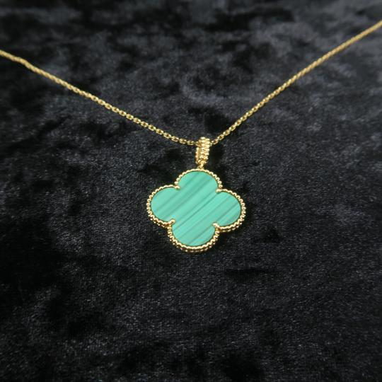 Van Cleef & Arpels Van Cleef & Arpels Yellow Gold Malachite Magic Alhambra Long Necklace Image 3