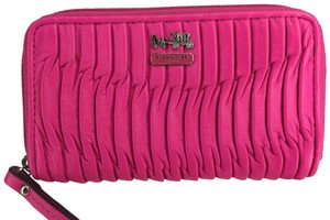 Coach Coach Madison Leather Gathered Zip Wallet Hot Pink