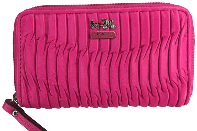 Item - Pink Madison Leather Gathered Zip Hot Wallet