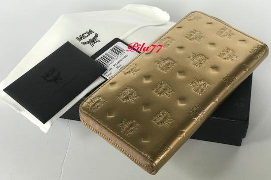 MCM New Wallet embossed patent leather Image 7