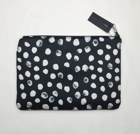 Marc by Marc Jacobs Marc Jacobs black pouch Image 1