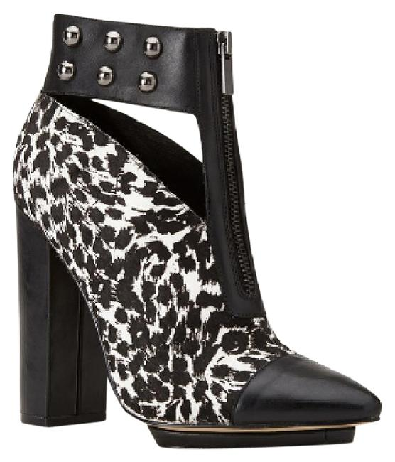 Item - Black and White Calf Hair Studded Boots/Booties Size US 9 Regular (M, B)