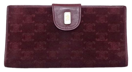 Preload https://img-static.tradesy.com/item/25868636/celine-red-logo-dessin-long-bifold-wallet-0-1-540-540.jpg