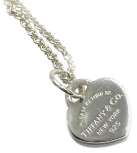 """Tiffany & Co. NEW STYLE!! Tiffany & Co. Mini Return to Tiffany Heart Necklace Sterling Silver 15"""" 100% Authentic Guaranteed!! Comes with Tiffany Blue Colored Polishing Cloth!! Makes a great gift!!"""