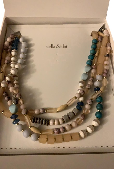 Item - Multicolor Brix Statement Necklace