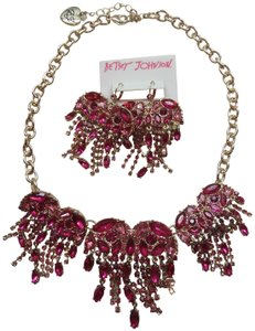 Betsey Johnson Betsey Johnson New Hot Pink and Pink Heart Necklace and Earrings