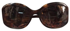 Oliver Peoples Oliver Peoples Tortoise Round Sunglasses w/ Case