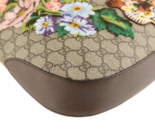 Gucci Dionysus Hobo Canvas Shoulder Bag Image 4