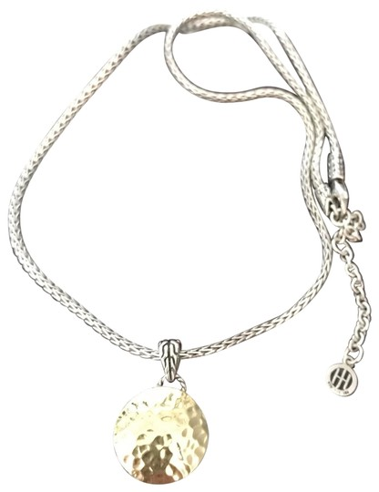 Preload https://img-static.tradesy.com/item/25871877/goldsilver-collection-necklace-0-1-540-540.jpg