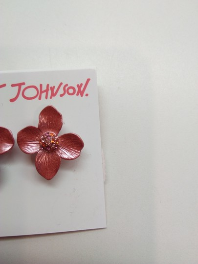 Betsey Johnson Betsey Johnson New Mauve Flower Necklace & Earrings Image 5