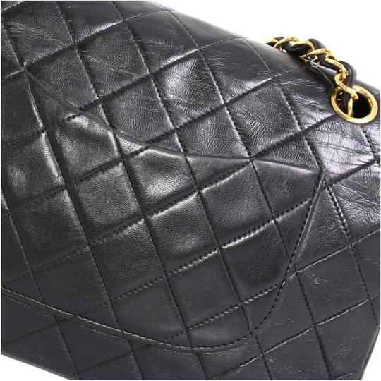 Chanel Leather Shoulder Bag Image 5