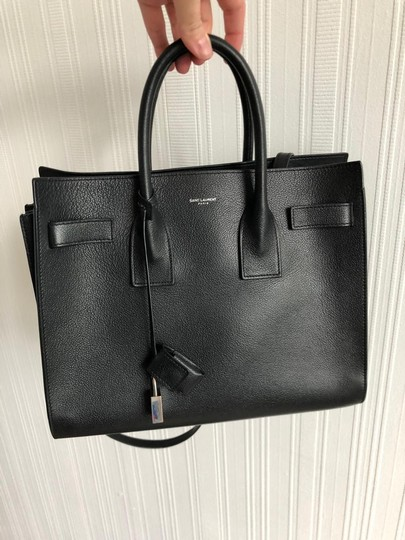 Saint Laurent Tote in black Image 10