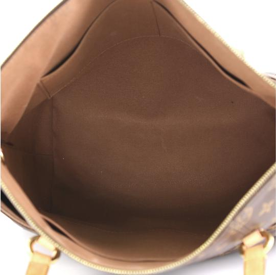 Louis Vuitton Totally Monogram Canvas Tote in brown Image 4