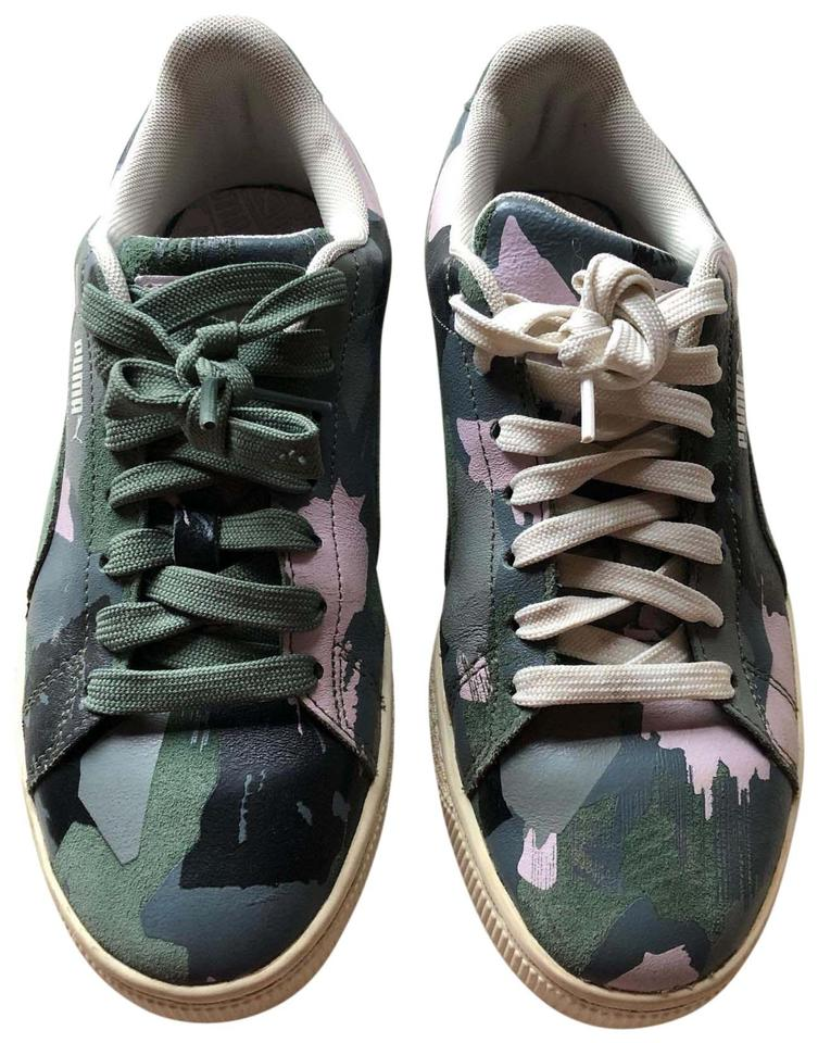 rencontrer 1b0c7 ae973 Puma Green/Grey/Black/Pink Suede Classic Camo Sneakers Size US 7.5 Regular  (M, B) 60% off retail