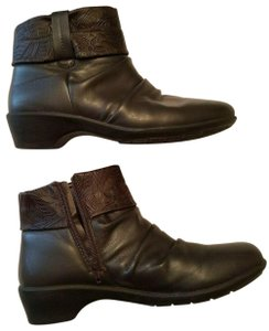Easy Street Brown Boots