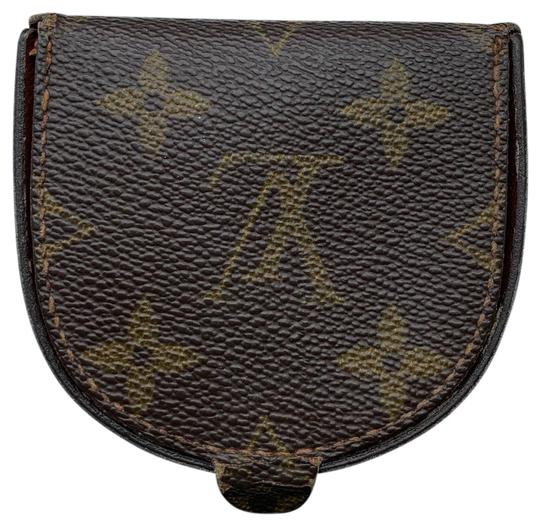 Preload https://img-static.tradesy.com/item/25872369/louis-vuitton-brown-port-monnaie-gousset-lv-monogram-coin-purse-authentication-8901-bu-is-located-in-0-1-540-540.jpg