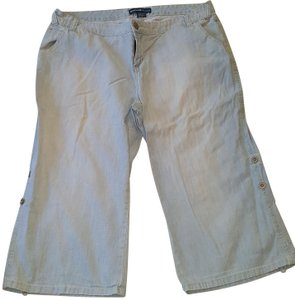 Avenue Capri/Cropped Denim-Light Wash