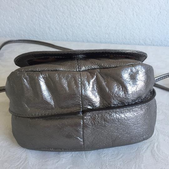 B. Makowsky Cross Body Bag Image 1