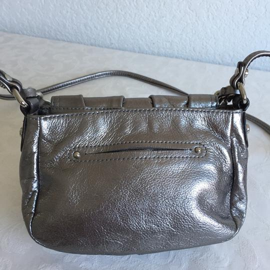 B. Makowsky Cross Body Bag Image 7