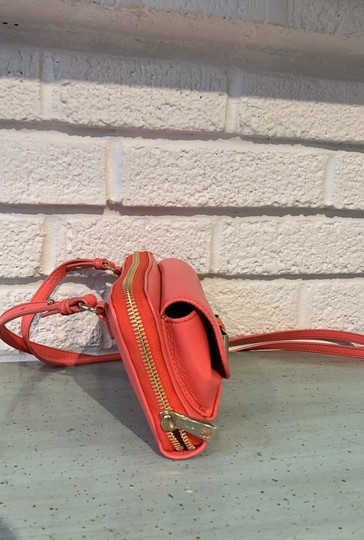 Chloé Coral Leather Cross Body Bag Image 1