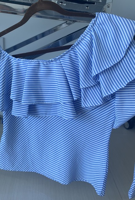 Mix And Match Boutique Top white and blue Image 1