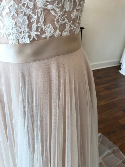 Wtoo Rosegold Lace & Tulle Catherine 16718 Casual Wedding Dress Size 6 (S) Image 7
