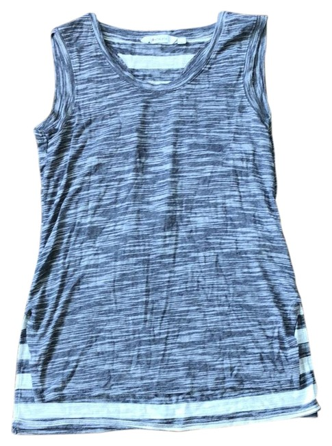 Item - Blue White Activewear Top Size 6 (S)