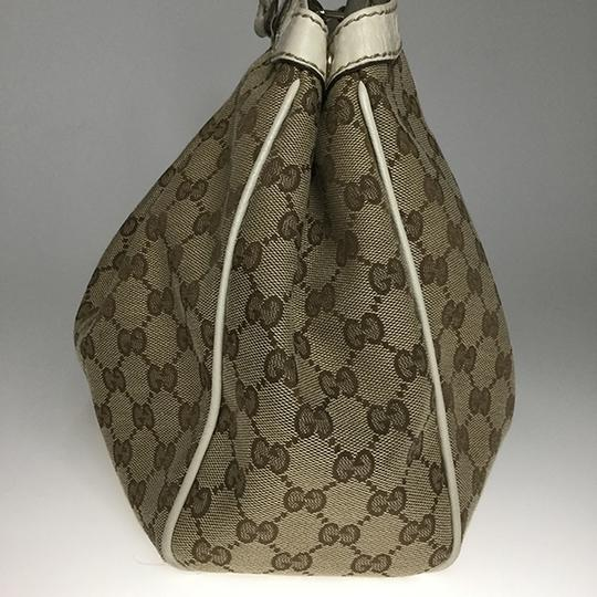 Gucci Satchel in Beige Image 3