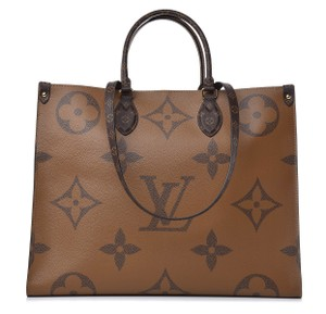 Louis Vuitton Giant Monogram Tote in Brown/Tan