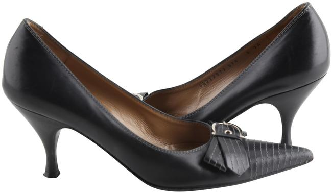 Item - Black Stitched Buckle Bow Kitten Pumps Size US 8 Regular (M, B)