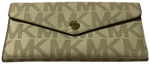 Michael Kors MK Signature Trifold Wallet