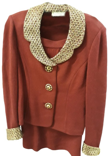 Item - Red Accented Skirt Suit Size 4 (S)