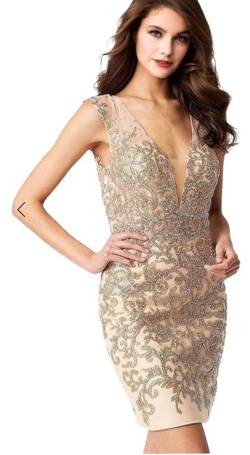 Item - Nude Gold 55145 Mid-length Formal Dress Size 2 (XS)