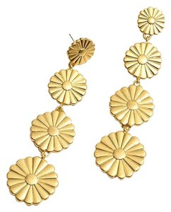 Madewell madewell Delicate Daisy statement earring