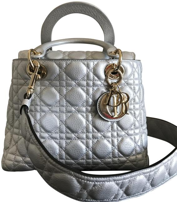 Item - Lady 2018 Sheen Quilted Silver Cannage Leather Cross Body Bag
