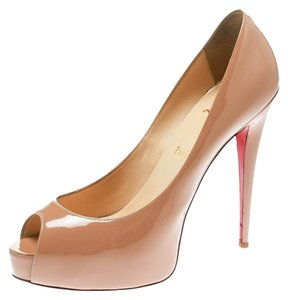 33d59b74afd Christian Louboutin on Sale - Up to 70% off at Tradesy