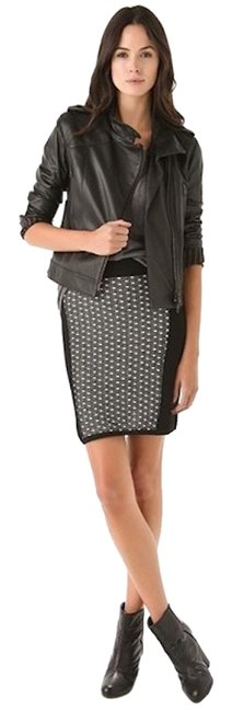Preload https://img-static.tradesy.com/item/25876989/rag-and-bone-black-white-printed-knit-full-zip-bodycon-fitted-short-workoffice-dress-size-8-m-0-1-650-650.jpg