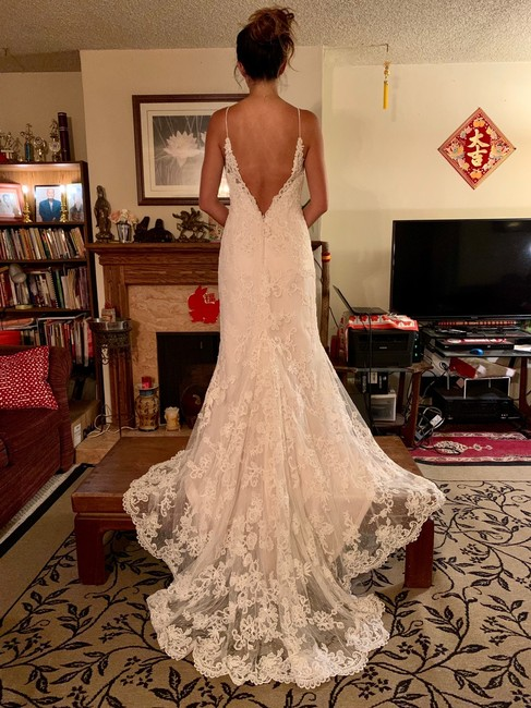 Item - White Lace and Other Sweetheart Sexy Wedding Dress Size 8 (M)