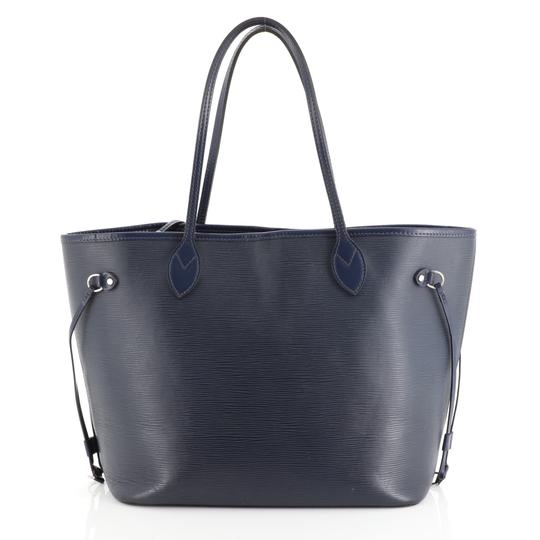 Preload https://img-static.tradesy.com/item/25877430/louis-vuitton-neverfull-mm-blue-epi-leather-tote-0-0-540-540.jpg