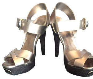 Gucci Metallic Bronze Sandals