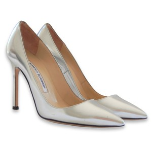 Manolo Blahnik Patent Leather Stiletto Pointed Toe Silver Pumps