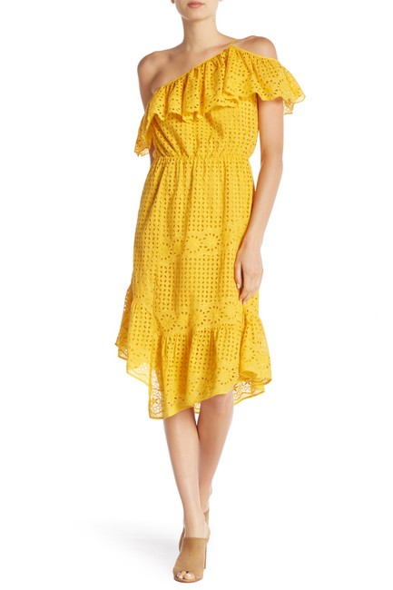 Item - Yellow Xxs Corynn Ruffled One Shoulder Eyelet Long Casual Maxi Dress Size 00 (XXS)
