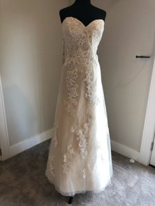 Enzoani Ivory and Cream Casual Wedding Dress Size 20 (Plus 1x)