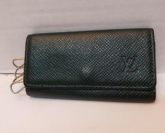 Louis Vuitton 4 Ring Key Holder Case Epicea (Dark Green) Taiga Leather Image 7
