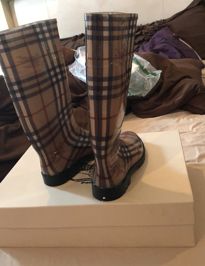 Burberry hay market Boots Image 3